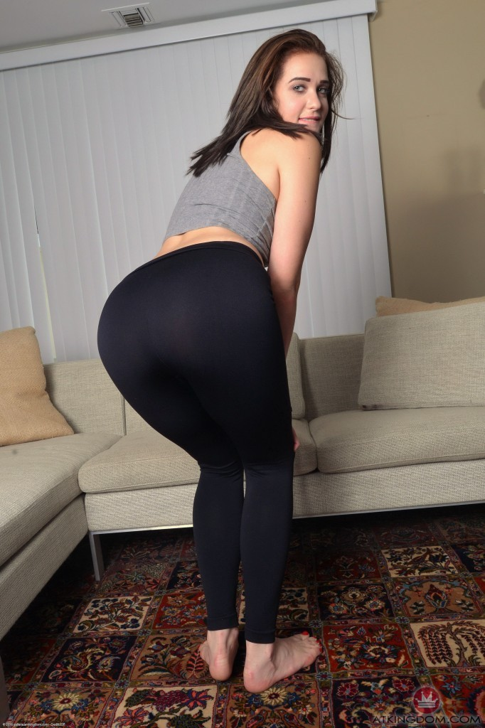 Peyton Robbie In Her Tights And A Little Sexy Top